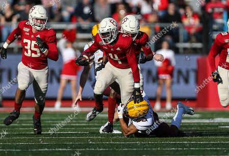 Rutgers Scarlet Knights running back Aaron Young (4) tries to break a tackle during an NCAA Men's football game between the Minnesota Golden Gophers and the Rutgers Scarlet Knights at SHI Stadium in Piscataway, NJ
