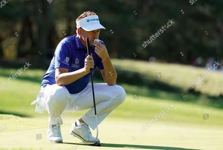 Ian Poulter (ENG) at hole #2