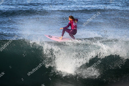 The Australian surfer Stephanie Gilmore (former world champion) during the stage of the World Surfing Championship, that takes place in Praia Super Tubos, in Peniche, Portugal 20 October, 2019.