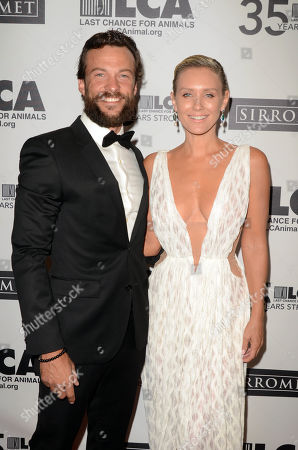 Stock Photo of Kyle Schmid and Nicky Whelan