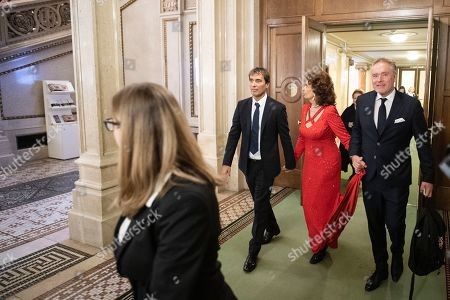 Italian actress Sophia Loren (C) and her son Italian conductor Carlo Ponti Jr. (L) leave at the European Cultural Award in Vienna, Austria, 20 October 2019. Sophia Loren was awarded for her lifetime achievement.