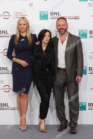Mira Sorvino, Melora Walters and Gil Bellows