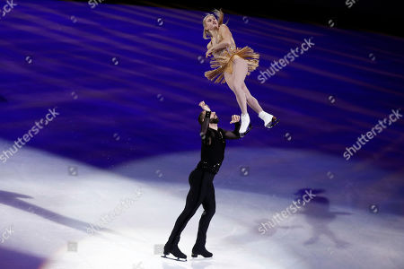 Stock Image of Ashley Cain-Gribble and Timothy LeDuc for the US perform during the exhibition program of the 2019 Skate America competition at the Orleans Arena in Las Vegas, Nevada, USA, 20 October 2019.