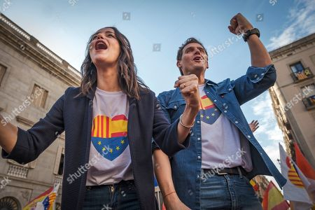 Albert Rivera, leader of the right-wing political force Ciudadanos has led accompanied by Ines Arrimadas Garcia and Lorena Roldán a mass act of justice and coexistence in Plaza de Sant Jaume.