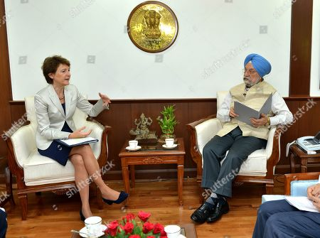 Vice President of the Swiss Federal Council, Simonetta Sommaruga (L), talks to Indian Civil Aviation Minister Hardeep Singh Puri (R) in New Delhi, India, 21 October 2019. Sommaruga is on an official visit to India from 18 to 21 October 2019.
