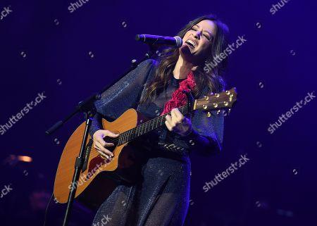 Jackie Tohn performs