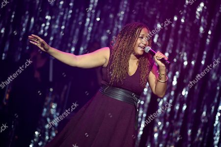 Tracie Thoms performs
