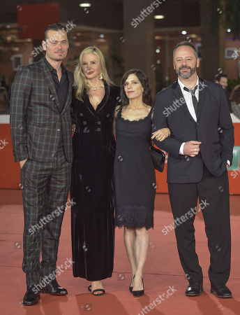 Mira Sorvino, Christopher Backus, Melora Walters and Gil Bellows