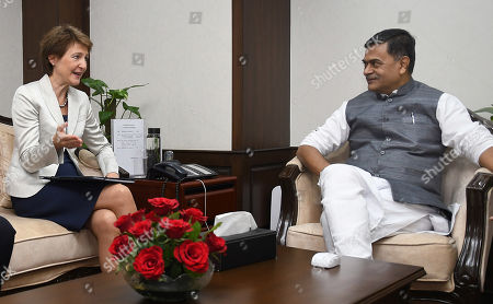 Swiss federal councillor Simonetta Sommaruga (L) talks to Indian Union Minister for Power and Energy R.K. Singh in New Delhi, India, 21 October 2019. Swiss Federal Councillor Simonetta Sommaruga is on an official visit to India.