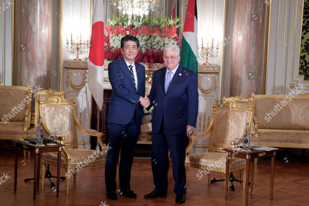 Palestinian President Mahmoud Abbas meets with Prime Minister of Japan Shinzo Abe