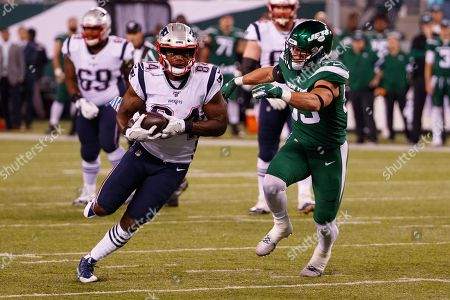 , 2019, New England Patriots tight end Benjamin Watson (84) in action against New York Jets linebacker Blake Cashman (53) during the NFL game between the New England Patriots and the New York Jets at MetLife Stadium in East Rutherford, New Jersey