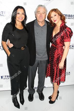 Kathrine Narducci, Robert De Niro and Stephanie Kurtzuba