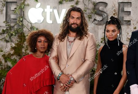"""Alfre Woodard, Jason Momoa, Nesta Cooper. From left, cast members Alfre Woodard, Jason Momoa and Nesta Cooper pose together at the premiere of the Apple TV+ series """"See,"""" at the Regency Village Theatre, in Los Angeles"""