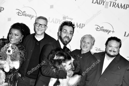 Stock Photo of Yvette Nicole Brown, Charlie Bean, Justin Theroux, Brigham Taylor, Adrian Martinez and dogs