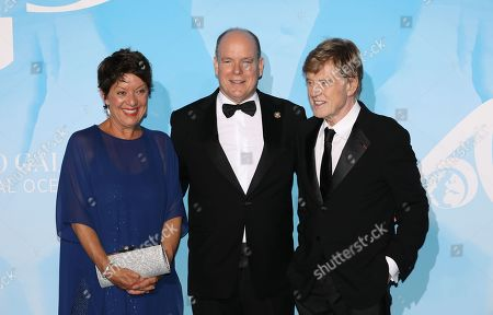 Stock Photo of Sibylle Szaggars, Prince Albert II and Robert Redford