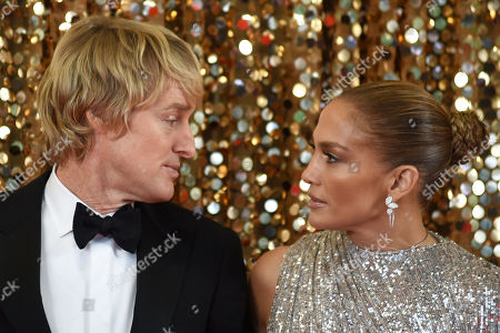 Stock Picture of Owen Wilson and Jennifer Lopez