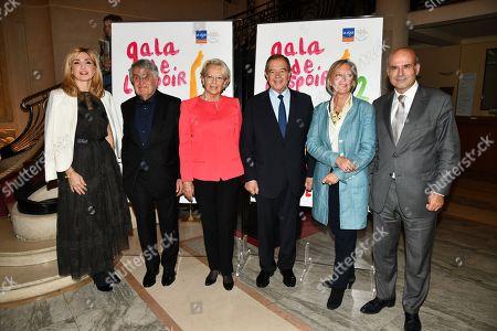 Julie Gayet, Michele Alliot-Marie, Patrick Ollier, Sophie Cluzel and guest