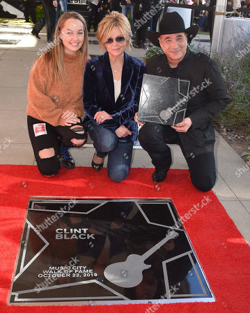 Lily Black, Lisa Hartman Black and Clint Black
