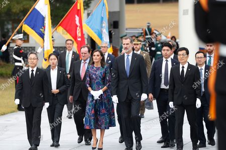 King Felipe VI (C-R) and Queen Letizia (C-L) of Spain pay a visit to the National Cemetery in Seoul, South Korea, 23 October 2019. King Felipe VI and Queen Letizia of Spain arrived in South Korea on a two-day visit to develop the bilateral relationship between the two nations.