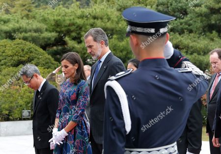 King Felipe VI, Queen Letizia. Spain's King Felipe VI, second from right, and his wife Queen Letizia pay a silent tribute at the National Cemetery in Seoul, South Korea, . Felipe VI arrived on Wednesday for a two-day visit to meet with South Korean President Moon Jae-in