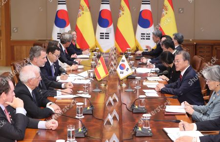 South Korean President Moon Jae-in (2-R) speaks during a meeting with King Felipe VI of Spain at the presidential office in Seoul, South Korea, 23 October 2019. King Felipe VI and Queen Letizia of Spain arrived in South Korea on a two-day visit to develop the bilateral relationship between the two nations.