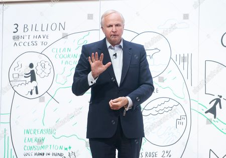Stock Picture of CEO of BP Bob Dudley speaks during a session at the One Young World Summit at the Methodist Hall in London, Britain, 23 October 2019. Over 2,000 young people from over 190 countries gathered for the One Young World Summit, a global forum for young leaders, aiming to create the next generation of more responsible and effective leaders.