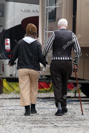Sir Michael Caine on set filming 'Twist'