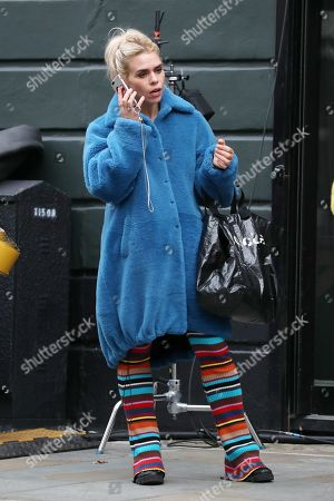 Billie Piper on the set of 'I Hate Suzie'