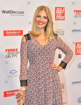 Susan Sideropoulos attends the 'Goldene Bild der Frau' awards ceremony in Hamburg, Germany, 23 October 2019. The prizes are awarded to women in voluntary positions.