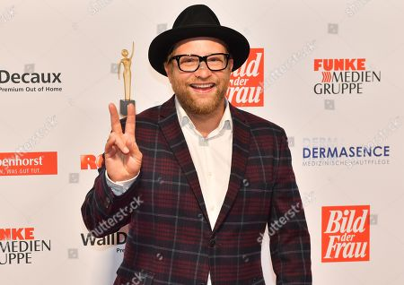 Stock Image of Gregor Meyle attends the 'Goldene Bild der Frau' awards ceremony in Hamburg, Germany, 23 October 2019. The prizes are awarded to women in voluntary positions.
