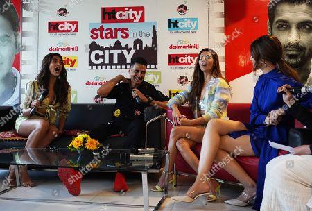 Akshay Kumar, Kriti Kharbanda, Pooja Hedge and Kriti Sanon