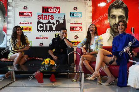 Stock Picture of Akshay Kumar, Kriti Kharbanda, Pooja Hedge and Kriti Sanon
