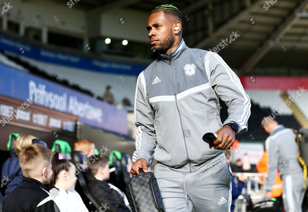 Leandro Bacuna of Cardiff City arrives.