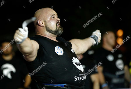 Brian Shaw from US reacts during the World's Ultimate Deadlift competition in Gulf emirate of Dubai, United Arab Emirates, 24 October 2019. About 20 of the strongest athletes in the world are trying to break the world record for the World's Heaviest Deadlift of 500 Kg held by English former professional strongman Eddie Hall.