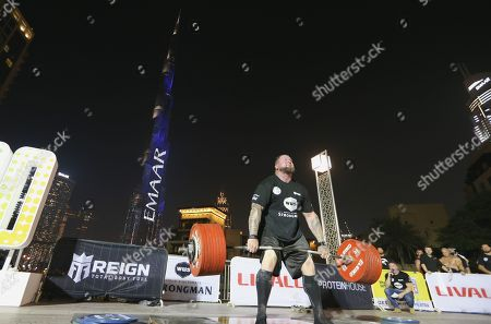 Jerry Pritchett from US competes during the World's Ultimate Deadlift competition in Gulf emirate of Dubai, United Arab Emirates, 24 October 2019. About 20 of the strongest athletes in the world are trying to break the world record for the World's Heaviest Deadlift of 500 Kg held by English former professional strongman Eddie Hall.
