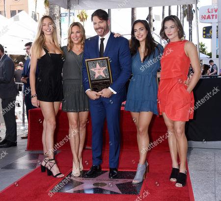 Georgia Tatum Connick, Jill Goodacre, Harry Connick Jr., Charlotte Connick and Sarah Kate Connick
