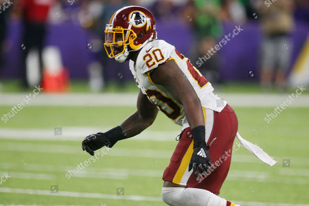 Washington Redskins strong safety Landon Collins (20) runs up field during the second half of an NFL football game against the Minnesota Vikings, in Minneapolis