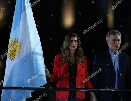 The President of Argentina Mauricio Macri (L) and his wife Juliana Awada (R) participate in a closing of campaign event for the presidential elections, in Cordoba, Argentina, 24 October 2019. The Argentine presidential election will take place 27 October 2019.