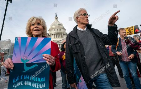 Jane Fonda, Ted Danson. Actress and activist Jane Fonda, left, is joined by actor Ted Danson, right, as they and other demonstrators call on Congress for action to address climate change, in Washington