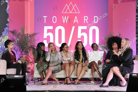 "Jerhonda Pace, Asante S McGee, Lizzette Martinez, Lisa Van Allen, Kitti Jones, Faith Rodgers, Lili Bernard, Mira Sorvino. Jerhonda Pace, from left, Asante S McGee, Lizzette Martinez, Lisa Van Allen, Kitti Jones, Faith Rodgers Lili Bernard and Mira Sorvino participate in ""Tribute to R.Kelly Survivors"" panel at the 2019 Power Women Summit at the Fairmont Miramar Hotel, in Santa Monica, Calif"