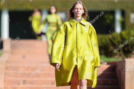 Stock Image of A model presents a creation by Portuguese designers Marta Marques and Paulo Almeida for their Marques'Almeida label during the Portugal Fashion show in Porto, Portugal, 26 October 2019. Spring/Summer 2020 collections are presented at the 45th Portugal Fashion until 26 October 2019.
