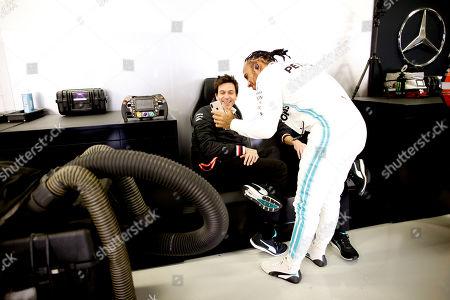 Motorsports: FIA Formula One World Championship 2019, Grand Prix of Mexico,  Toto Wolff (AUT, Mercedes AMG Petronas Motorsport), #44 Lewis Hamilton (GBR, Mercedes AMG Petronas Motorsport),