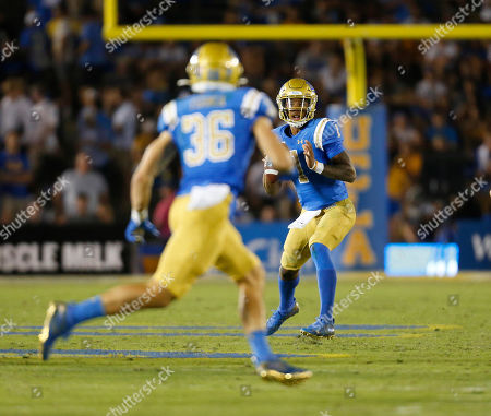 UCLA Bruins quarterback Dorian Thompson-Robinson #1 in action during the NCAA Football game between the Arizona State Sun Devils and the UCLA Bruins at the Rose Bowl in Pasadena, California. Mandatory Photo Credit : Charles Baus/CSM