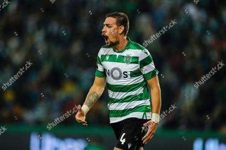 Sporting's Sebastian Coates celebrates scoring a goal during the Portuguese First League soccer match Sporting vs Vitoria de Guimaraes held at Alvalade Stadium, Lisbon, Portugal, 27 October 2019.