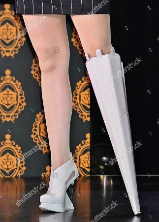 Viktoria Modesta, shoe detail