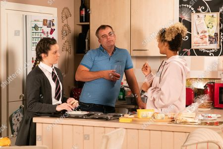 Ep 9924 Wednesday 13th November 2019 - 1st Ep Fed up of Steve McDonald, as played by Simon Gregson, and Amy Barlow's, as played by Elle Mulvaney, continual sniping, Emma, as played by Alexandra Mardell, suggests they take it in turns to pick something fun that they can all do together. Steve has first pick.