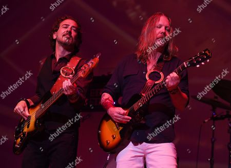 Devon Allman and Berry Duane Oakley - The Allman Betts Band