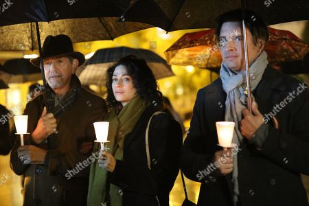 Stock Image of Peter Coyote as Henry Sullivan, Joanne Kelly as Catherine Sullivan and Aden Young as Luke Sullivan