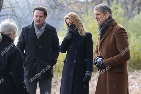 Micheline Lanctot as Lieutenant-Detective Susan Bowden, Aden Young as Luke Sullivan, Camille Sullivan as Helen Murphy Sullivan and Peter Coyote as Henry Sullivan