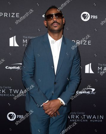 Marlon Wayans arrives at the Kennedy Center for the Performing Arts for the 22nd Annual Mark Twain Prize for American Humor presented to Dave Chappelle, in Washington, D.C